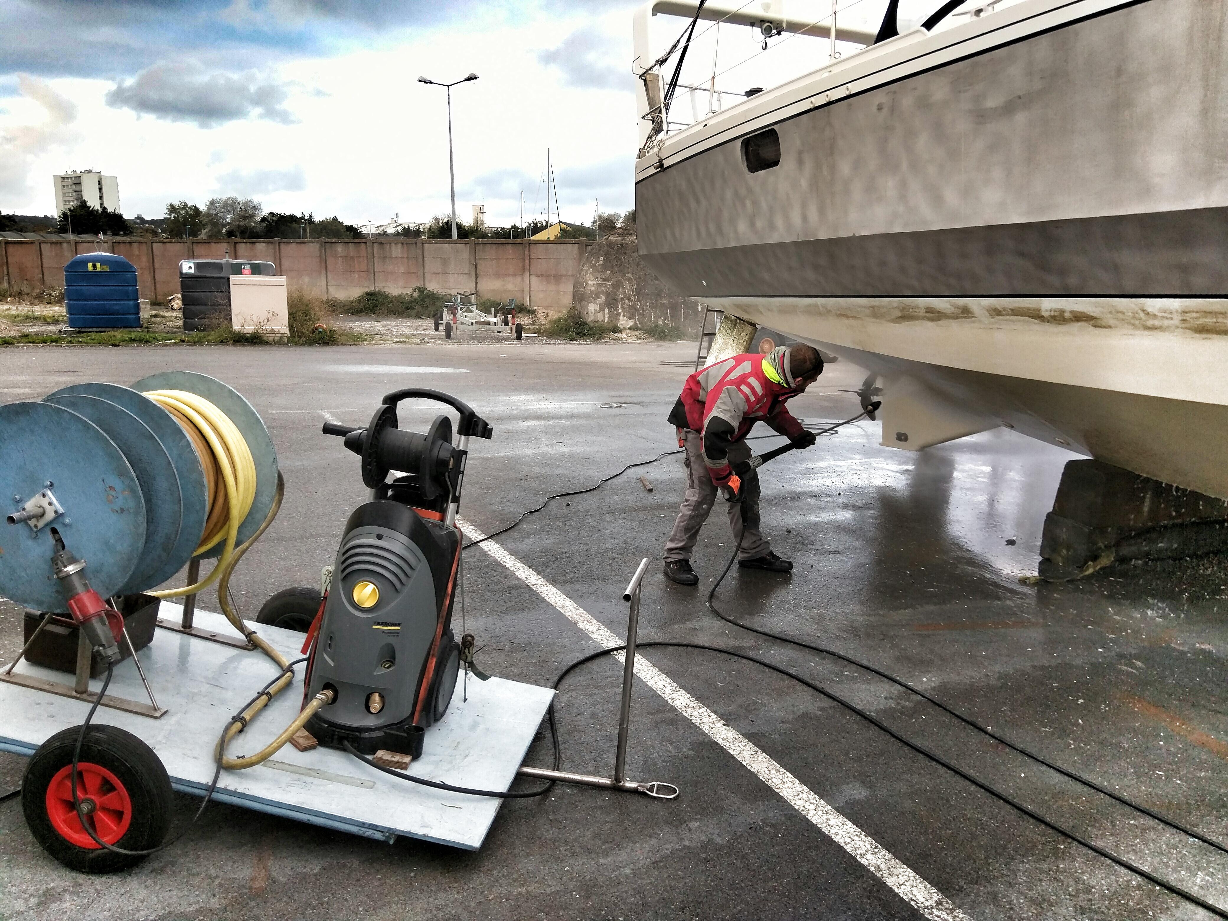 Aries Vente Location Gestion De Bateaux En Manche Chantier Naval à - Peinture pour bateau aluminium